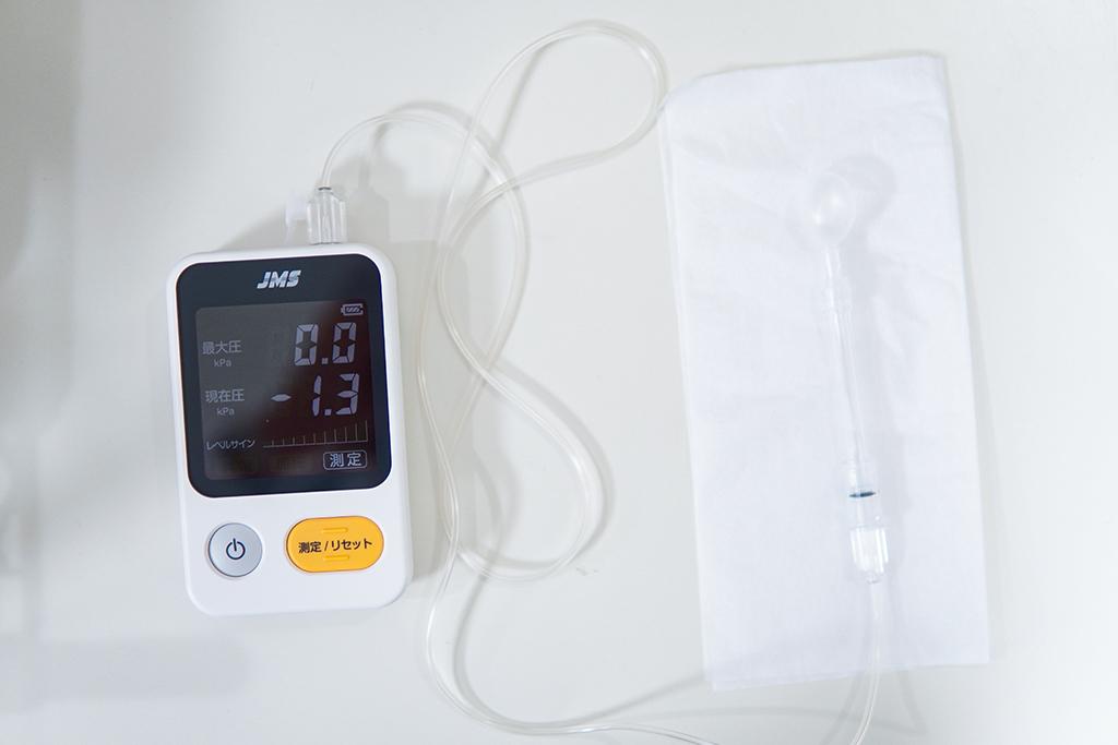 舌圧測定器